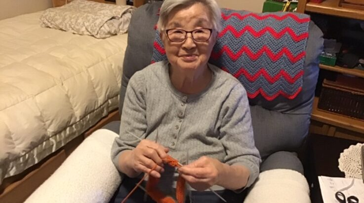 86 year old mother knitting